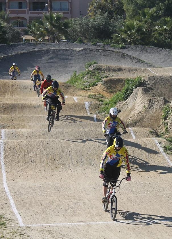 Almuñécar acoge  este sábado la final del Campeonato de Granada de BMX 2013