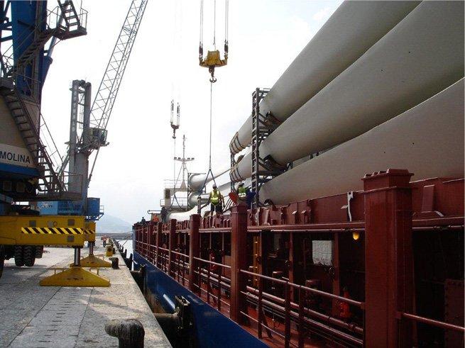 Bruselas pide modernizar el puerto de Motril