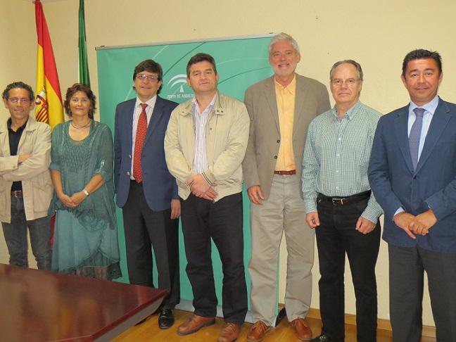 Convenio de colaboración entre la Federación En Primera Persona y el Servicio Andaluz de Salud