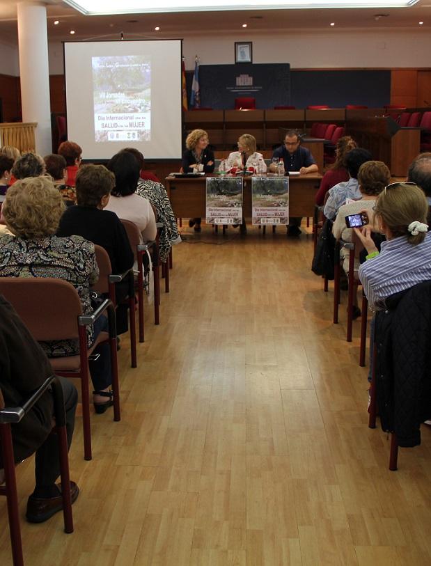 Más de 100 personas asisten a las VII Jornadas organizadas por el Ayuntamiento de Motril en el Día Internacional de la Salud de la Mujer