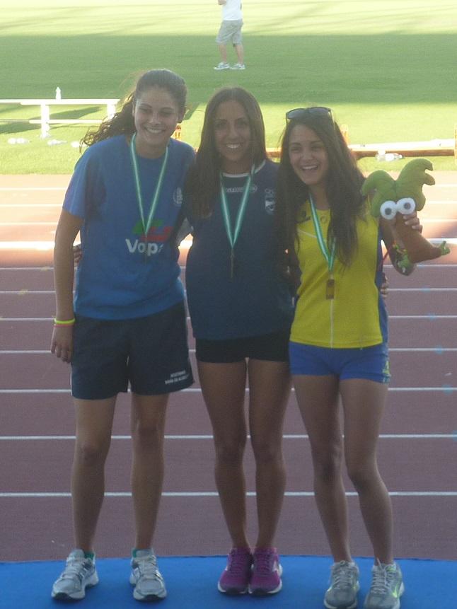 Aldana Zahzú Lucero se corona campeona de Andalucía Sub-20 en salto longitud