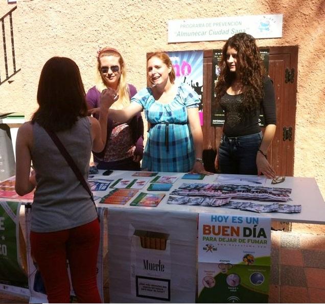"""""""Almuñécar ciudad sana"""" hace campaña contra el uso y tráfico de drogas"""