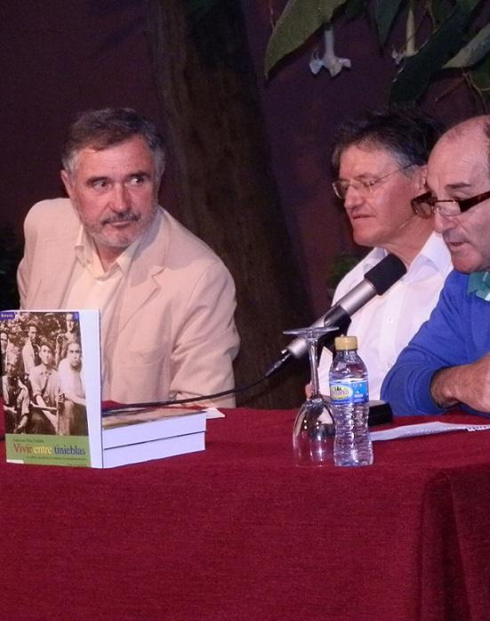 """""""Vivir entre tinieblas: los últimos guerrilleros de Andalucía. La Agrupación Roberto """"se presentó  en Almuñécar"""