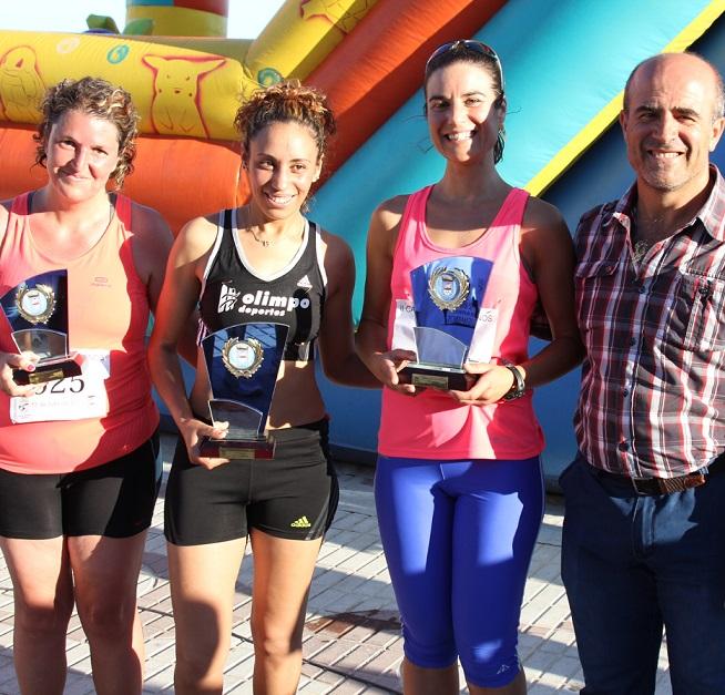Más de una treintena de corredores participaron en la II Subida al Barrio de los Marino