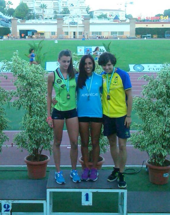 La atleta sexitana Aldana Zahzú Lucero se proclamó campeona de Andalucía Absoluta en Salto de Longitud