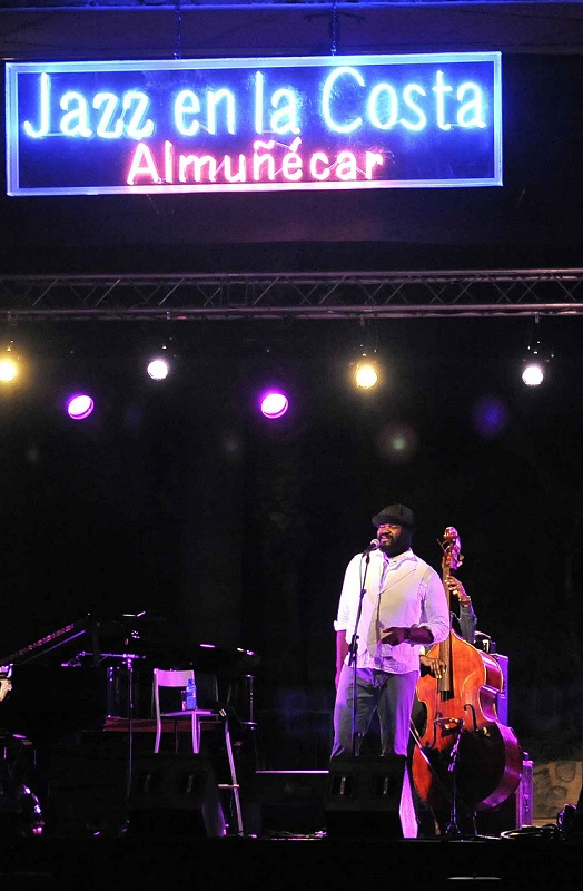 Un extraordinario concierto del cantante Gregory Porter clausuró Jazz en la Costa