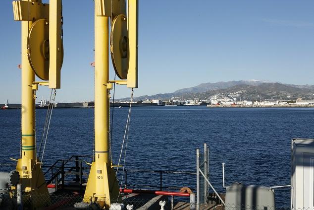 El Puerto saca a concurso la prolongación del dique, el dragado de la dársena de las Azucenas y la mejora ambiental de la playa
