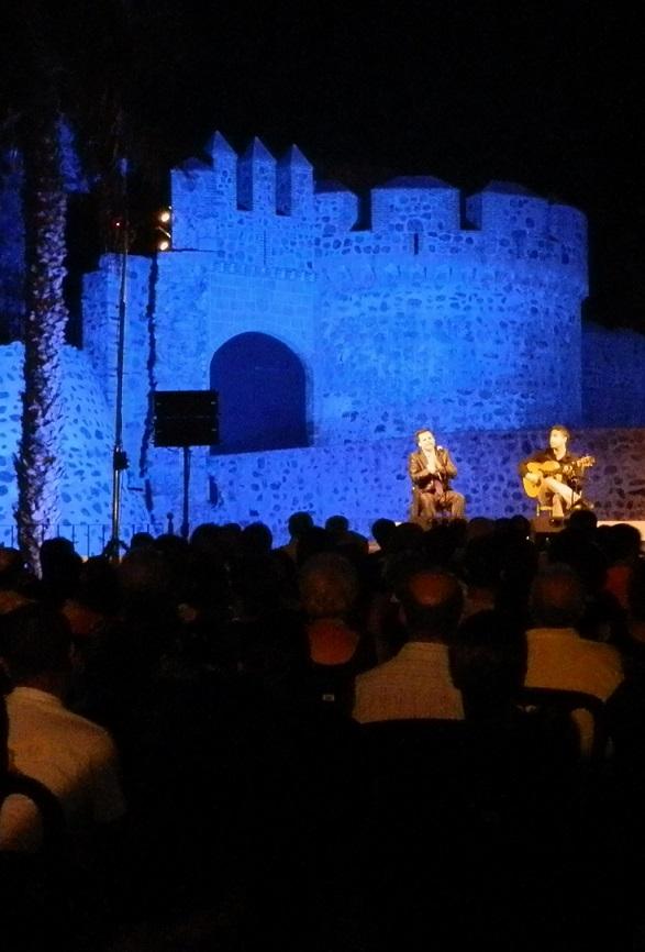 Almuñécar vivió una mágica noche con el cantaor Juan Pinilla