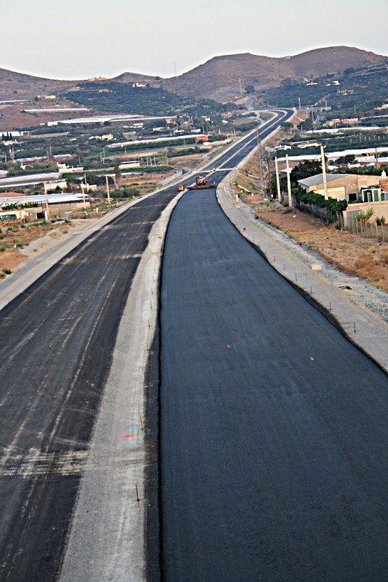"""Crespo recuerda que el Gobierno encontró la A7 """"sumida en el caos administrativo"""""""