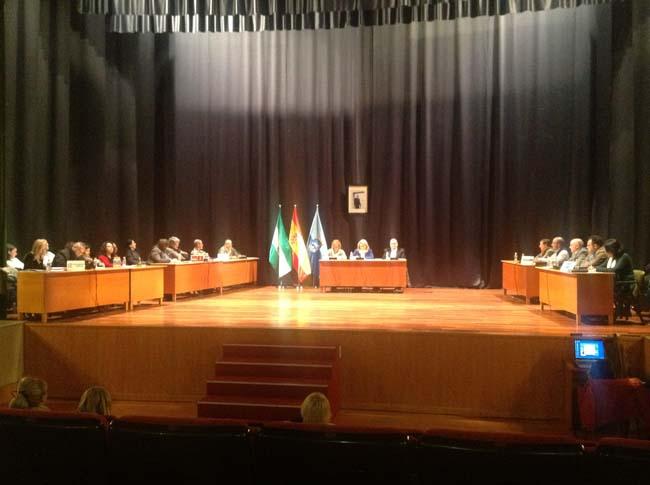 IU Almuñécar consigue que el ayuntamiento conceda becas municipales a los alumnos que pierdan la beca universitaria