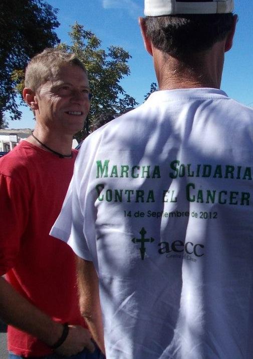 Desde la playa de Poniente de Motril al Mulhacén en solidaridad contra el cáncer