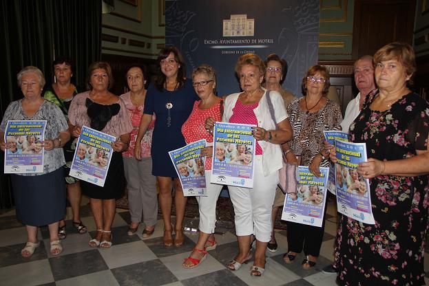 El Día del Mayor motrileño destaca este año el esfuerzo realizado por este sector social a lo largo de la historia