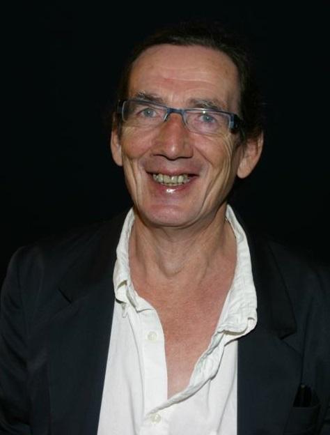"""El francés Jean Defrancisco afincado en Almuñécar presenta este jueves su libro """"Antología piratas del rastrillo"""""""