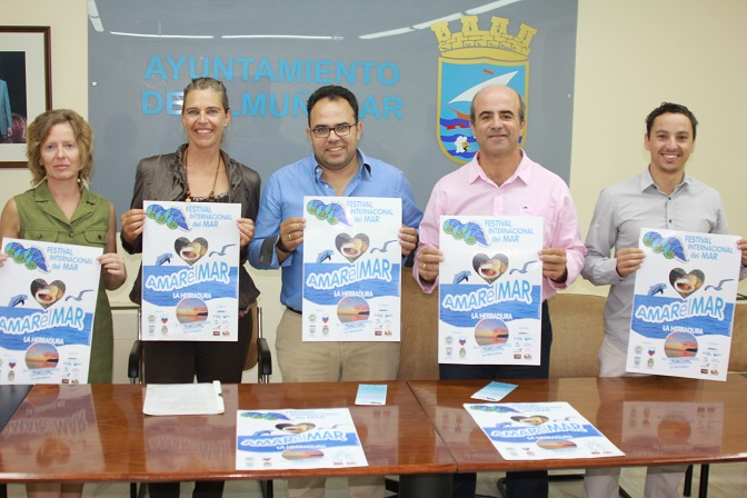 La Herradura celebrará  I Festival Internacional del Mar  del  25 al 27 de este mes