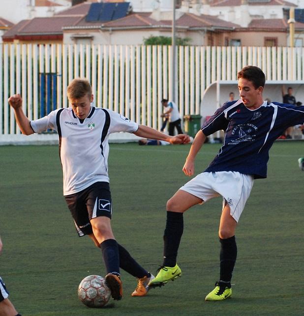 El Puerto de Motril Club de Fútbol jugará el domingo cinco encuentros