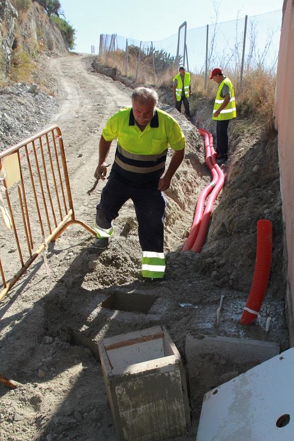 Comienzan los trabajos para iluminar el Camino del Berenguel en Almuñécar