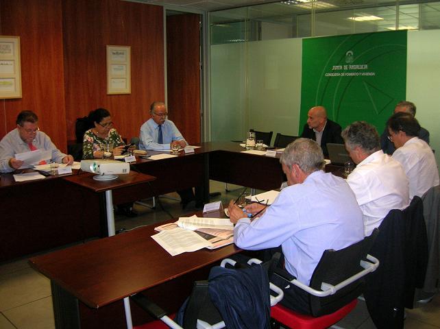 El presidente de la Autoridad Portuaria de Motril junto a sus homólogos andaluces firma el  Acuerdo Andaluz por los Corredores Ferroviarios