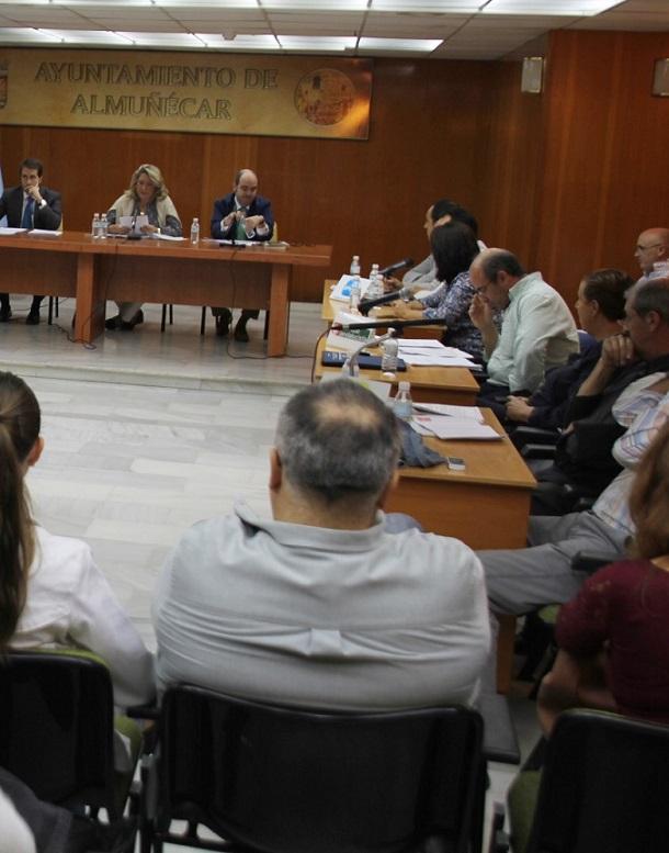 El Ayuntamiento de Almuñécar considera perjudicial para los intereses del municipio sexitano el Plan del Litoral