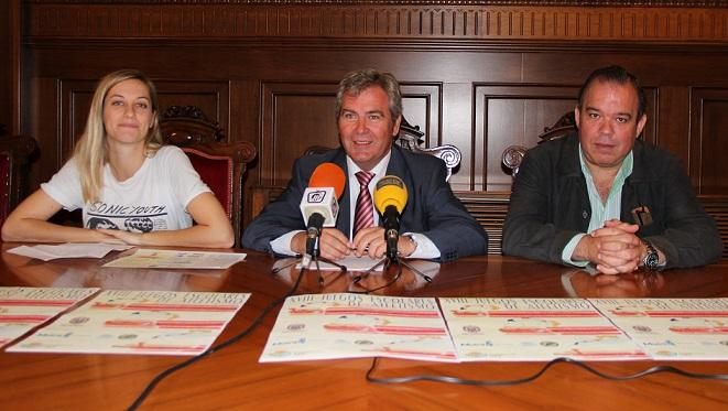 Los centros educativos de Motril compiten por un puesto en la final de los XVIII Juegos Escolares de Atletismo en pista del Premio Fulgencio Spa