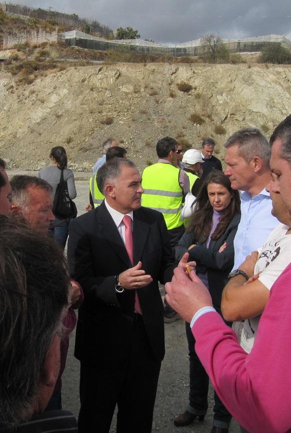 Santiago Pérez visita las obras del tramo Castell-Carchuna de la A-7