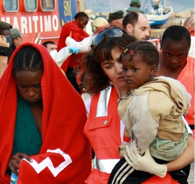 Llegan al puerto de Motril 55 inmigrantes de los que 8 son mujeres y 3 niños