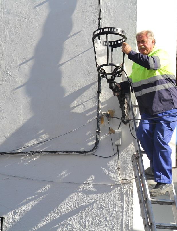 El servicio de Obras de La Herradura finaliza los trabajos de rehabilitación de la  calle  Justo de Haro Caballero