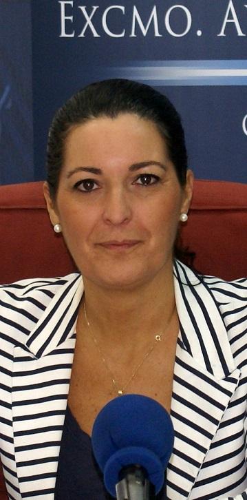 Vallejo lamenta la desinformación de Gámez y acusa a Educación de dilatar cuatro meses el traspaso del mantenimiento del ascensor