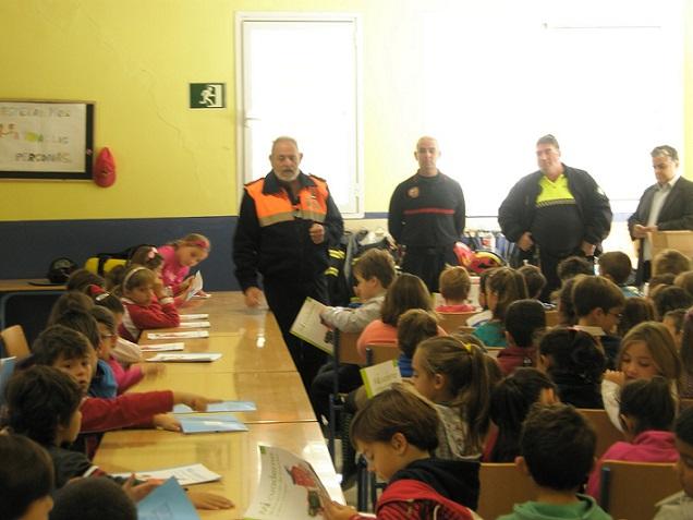 El Colegio Las Gaviotas de La Herradura ha acogido una jornada sobre Seguridad en Instalaciones Públicas