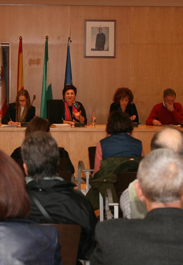 Los vecinos de Órgiva participan aportando ideas para la redacción del proyecto de la Casa de la Cultura