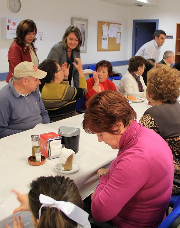 Los centros de mayores de Motril cierran su exitoso año dando la bienvenida a la Navidad