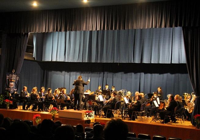 La Banda Municipal de Música ofreció su tradicional concierto de Año Nuevo en La Herradura