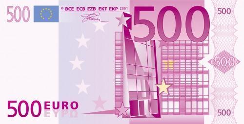 20.000 euros en billetes de 500 euros troceados por las calles de Motril