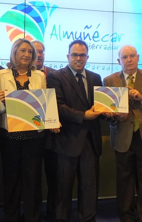 La alcaldesa de Almuñécar destaca el cambio radical en la política turística