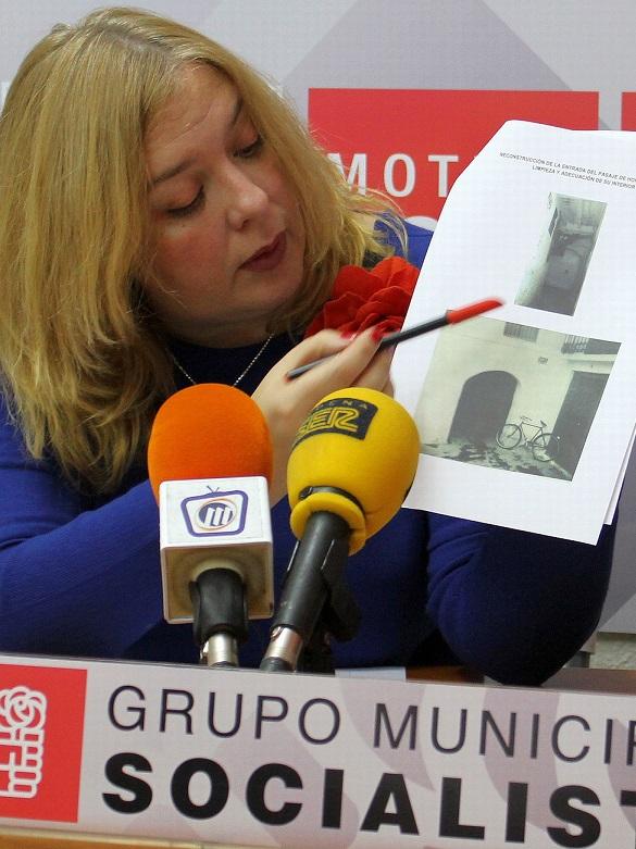 El PSOE reclama la reconstrucción de la entrada del pasaje de Horno Nuevo