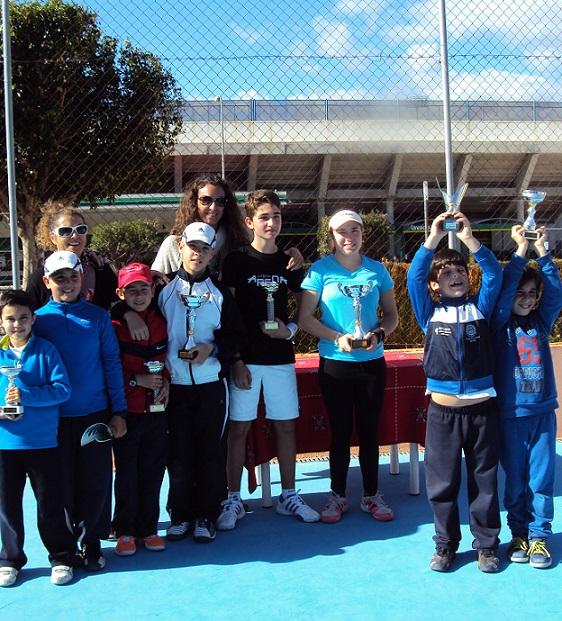 Medio centenar de tenistas participaron en el II Torneo del Circuito de Tenis Costa Tropical