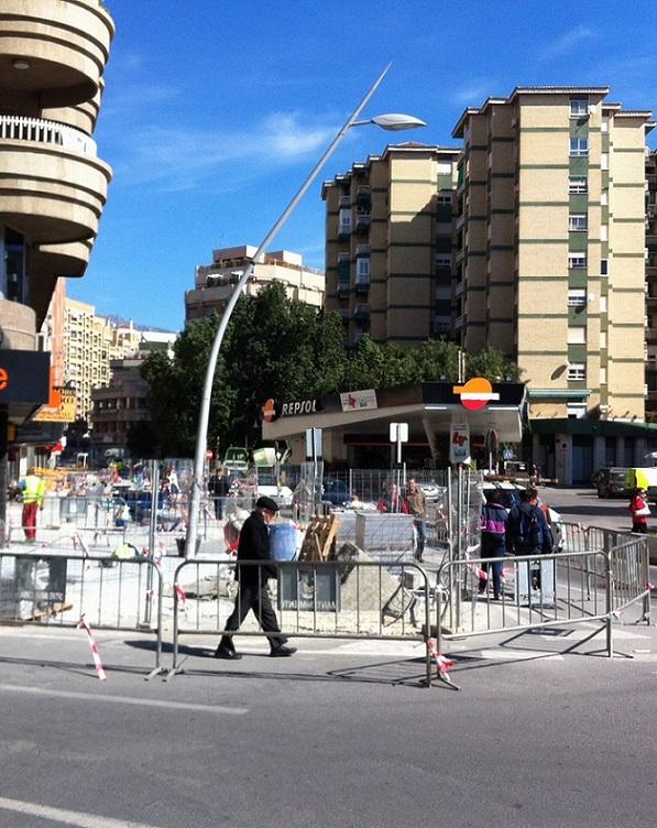 El PSOE critica los 'saraos' que monta cada día la alcaldesa para aparecer en los medios