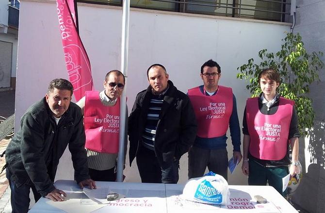 UPyD en Salobreña organizó una charla-debate sobre la ILP de Reforma Electoral andaluza y Fusión de Municipios