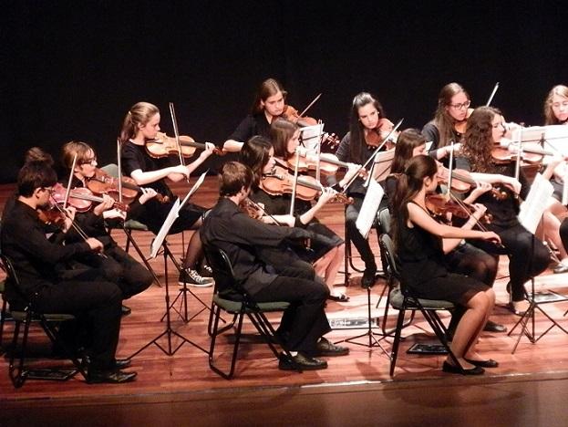 Gran actuación de la Joven Orquesta de Málaga en Almuñécar