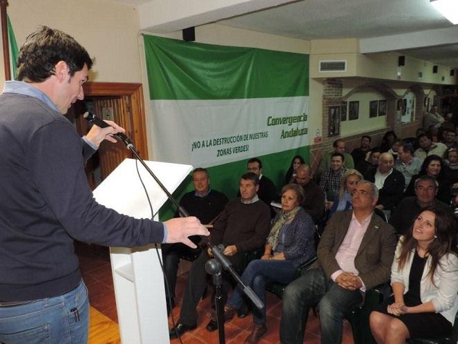 Ruiz alaba el proceso de primarias abiertas a los vecinos, puesto en marcha por el PA en Almuñécar