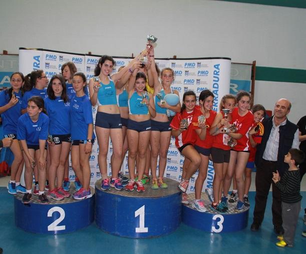 El colegio motrileño Cardenal Belluga consigue doblete en el campeonato andaluz Jugando al Atletismo