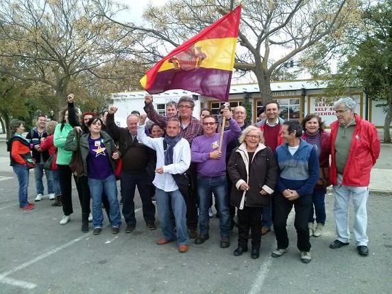 La costa de Granada conmemora el aniversario de la II República española