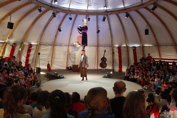 El Circo y el Teatro vuelven a fusionarse en Órgiva a través de la compañía suiza Nicole et Martin