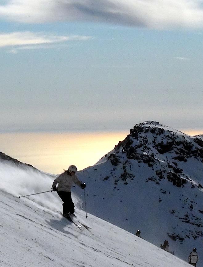 Sierra Nevada identifica 6 miradores naturales  desde pistas para disfrutar de la primavera
