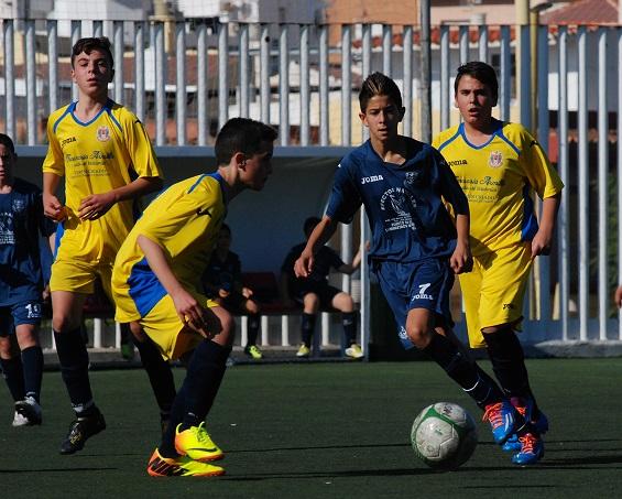 Los equipos juveniles del Puerto de Motril CF reciben a los líderes