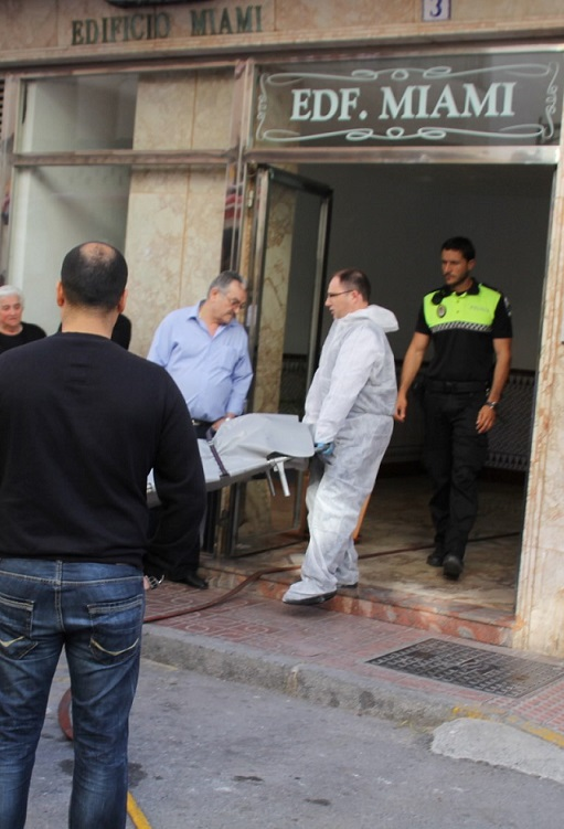 Un hombre de 43 años ha muerto en el incendio de su vivienda en Almuñécar