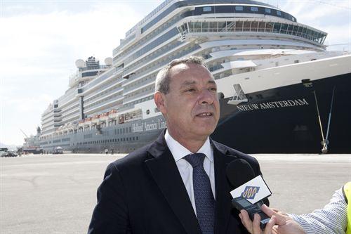 El Puerto de Motril prevé 30.000 cruceristas este año, 13.000 más que en 2013