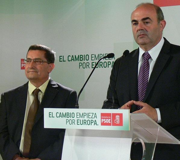 El PSOE acusa al PP de boicotear al Puerto de Motril tras publicar en el BOE el concurso que excluye de las ayudas su conexión con Melilla