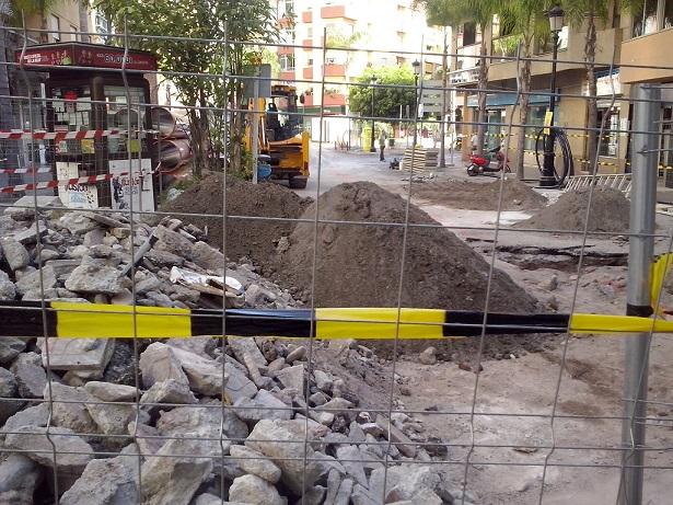 El PA Almuñécar considera que las obras de la Avda Andalucía origina graves perjuicios