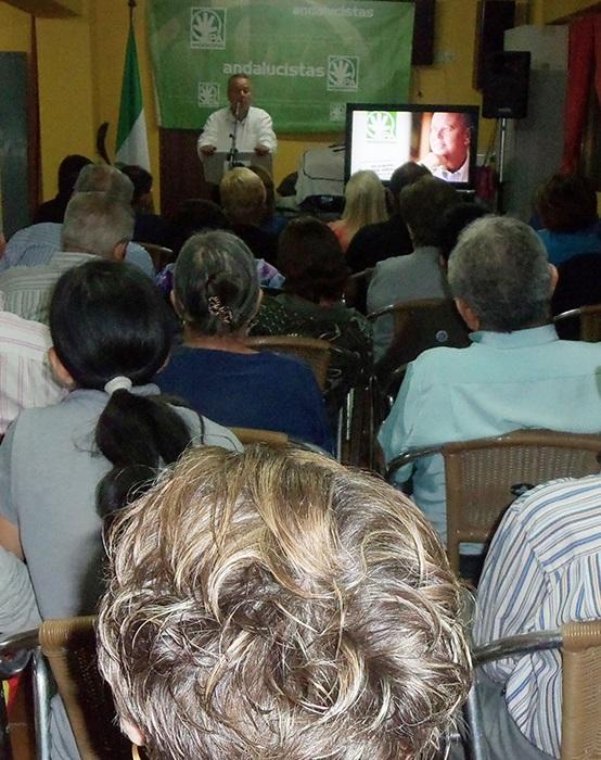 Juan Carlos Benavides pidió a los agricultores que luchen por las canalizaciones de Rules