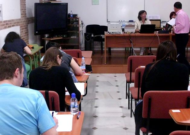 Más de dos mil alumnos acuden a los exámenes finales del Centro Asociado de la Uned de Motril